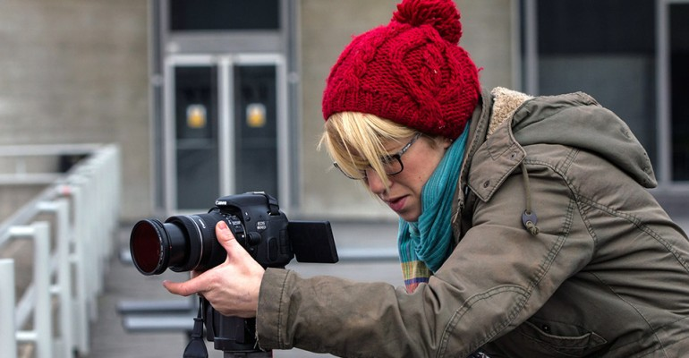 learn principles of videography and how to correctly operate an HD SLR camera